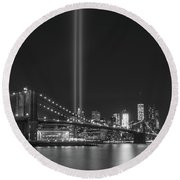 Manhattan Tribute In Light Round Beach Towel