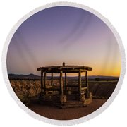 Cathedral Gorge Gazebo Round Beach Towel