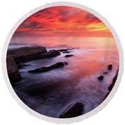 Montana De Oro Sunset Round Beach Towel