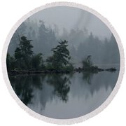 Morning Fog Over Cranberry Lake Round Beach Towel