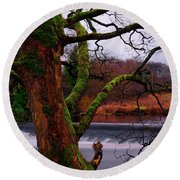 Mossy Tree Leaning Over The Smooth River Wharfe Round Beach Towel