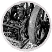 Novo Antique Gas Engine Round Beach Towel