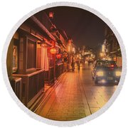 Old Kyoto, Gion Japan Round Beach Towel
