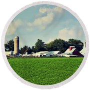 Picturesque Amish Iowa Farm Round Beach Towel