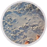 Round Beach Towel featuring the photograph Present by Beto Machado