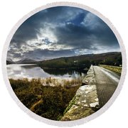 Road To Snowdon Round Beach Towel