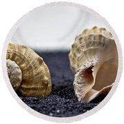 Seashells On Black Sand Round Beach Towel