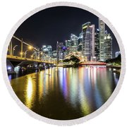 Singapore River At Night With Financial District In Singapore Round Beach Towel