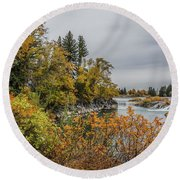 Snake River Greenbelt Walk In Autumn Round Beach Towel by Yeates Photography