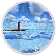 Round Beach Towel featuring the photograph Steadfast by Phil Koch