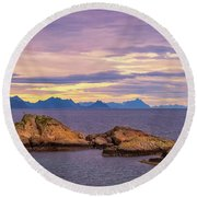 Sunset In The North Round Beach Towel