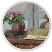The Artist's Paint Box And Moss Roses Round Beach Towel