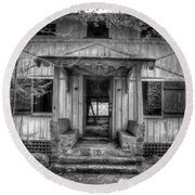Round Beach Towel featuring the photograph This Old House by Mike Eingle