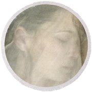 Veiled Princess Round Beach Towel
