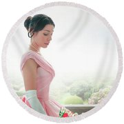 Victorian Woman In A Pink Ball Gown Round Beach Towel