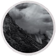 Yosemite Valley Panorama In Black And White Round Beach Towel