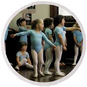 Young Ballet Dancers  Round Beach Towel