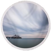 10 Minute Exposure Of Eastbourne Pier Round Beach Towel