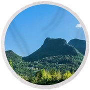 Countryside Scenery In Autumn Round Beach Towel