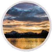 Sunrise Scenery In The Morning Round Beach Towel