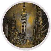 1910y Madison Avenue Ny. Round Beach Towel