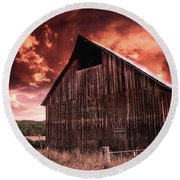 1912 Historic Barn Round Beach Towel
