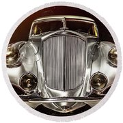 1933 Pierce-arrow Silver Arrow Front View Round Beach Towel