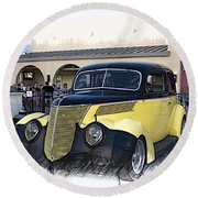 1937 Ford Deluxe Sedan_a2 Round Beach Towel