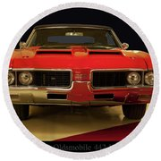 1969 Oldsmobile 442 W-30 Round Beach Towel