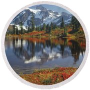 1m4208 Mt. Shuksan And Picture Lake Round Beach Towel