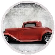 3 Window Coupe Round Beach Towel