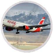 Air Canada Rouge Boeing 767-333 114 Round Beach Towel