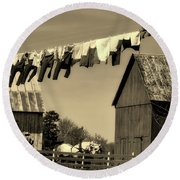 Clothes On The Line - Amish Farm Round Beach Towel