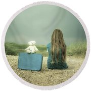 Girl In The Dunes Round Beach Towel