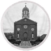 Immaculate Conception Chapel - University Of Dayton Round Beach Towel