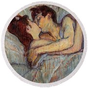 In Bed, The Kiss  Round Beach Towel
