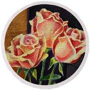 Roses   Round Beach Towel