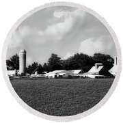 Iowa Farmstead Round Beach Towel