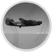 Wwii Us Aircraft In Flight Round Beach Towel
