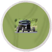 32 Three Window Classic  Round Beach Towel