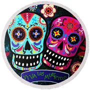 Couple Day Of The Dead Round Beach Towel