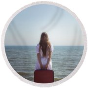 Girl With Suitcase Round Beach Towel