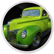 40s Ford Round Beach Towel