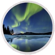 Aurora Borealis Over Sandvannet Lake Round Beach Towel