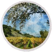 Vineyard In Napa Valley California Round Beach Towel