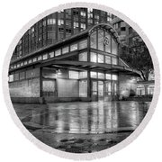 72nd Street Subway Station Bw Round Beach Towel
