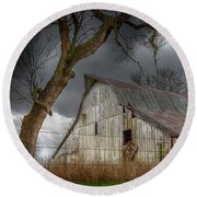 A Barn In The Storm 2 Round Beach Towel