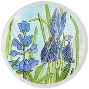 A Blue Garden Round Beach Towel