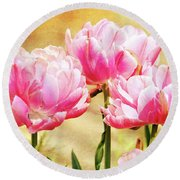 A Bouquet Of Tulips Round Beach Towel