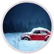 Round Beach Towel featuring the painting A Bug In The Snow by David Dehner